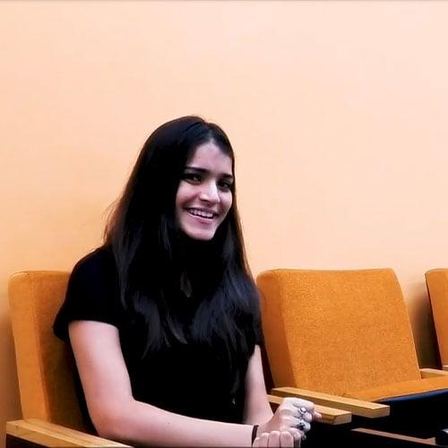 Pushing-yourself-to-work-harder–Asma-Furniturewalas-journey