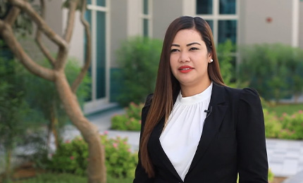 """""""SP Jain changed me in ways that I really didn't expect"""" – Meriam Al Ghafli (EMBA'20)"""
