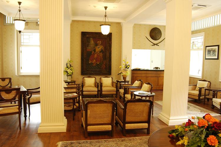 Raj-Lounge-_-Executive-Lounge