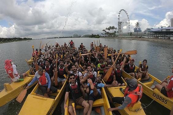 Singapore-active-boats.jpg