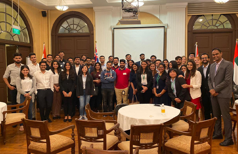 SP Jain alumni with our MGB and GMBA September 2019 cohort and the current MGB students interning in Singapore