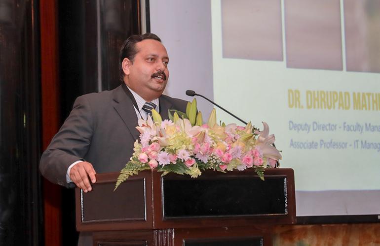 Dr Dhrupad Mathur, Deputy Director – Faculty Management and Associate Professor – IT Management, SP Jain, introduces the student projects