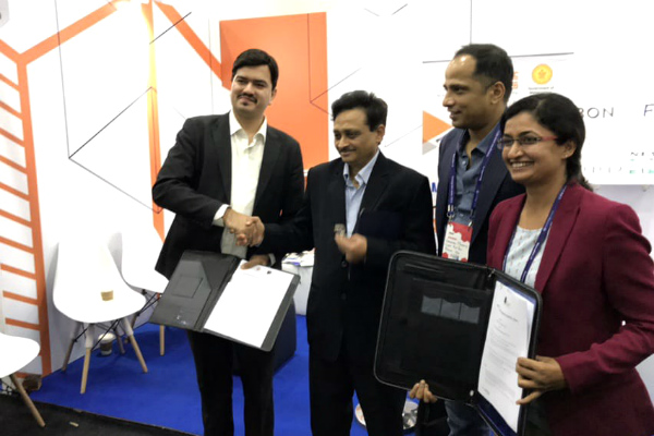 SP Jain signs MoU with MahaIT Corp to boost Fintech education