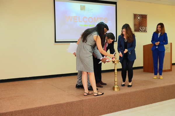 Ms Bijal Oza, Director of Counseling and Coaching Center – SP Jain, invites students to lead the lamp-lighting ceremony